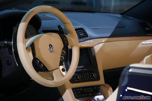 玛莎拉蒂 GranCabrio  实拍 外观 [跑车] 图片