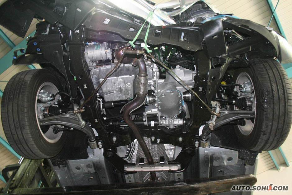 雪佛兰科鲁兹碰撞试验-科鲁兹 雪佛兰科鲁兹 科鲁兹的实拍图片高清图片