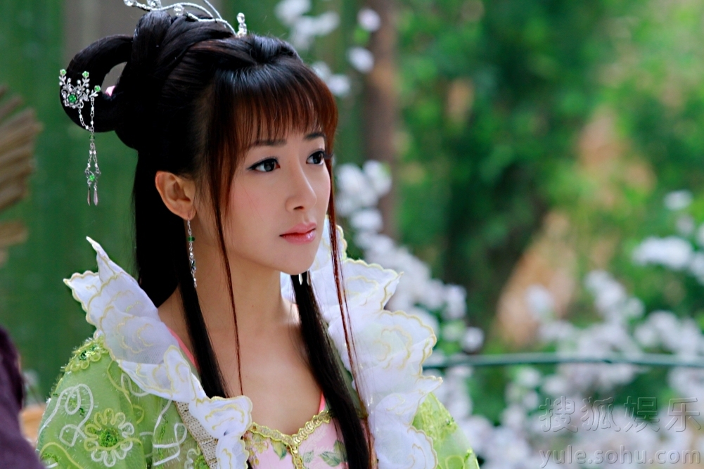 活佛济公3 收视夺冠 陈紫函华美看点十足图片