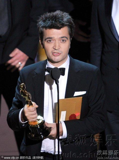 第84届美国奥斯卡颁奖典礼开场,最佳影片:《艺术家》.-第84届