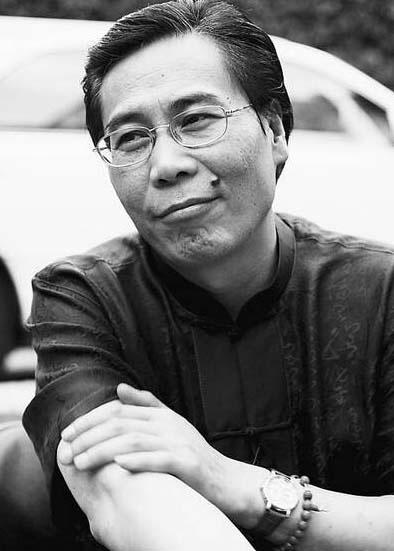 ,苗阜发微博称相声演员笑林去世,终年59岁.笑林,原名赵学林,