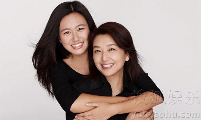 江珊17岁女儿近照曝光 长相清纯甜美