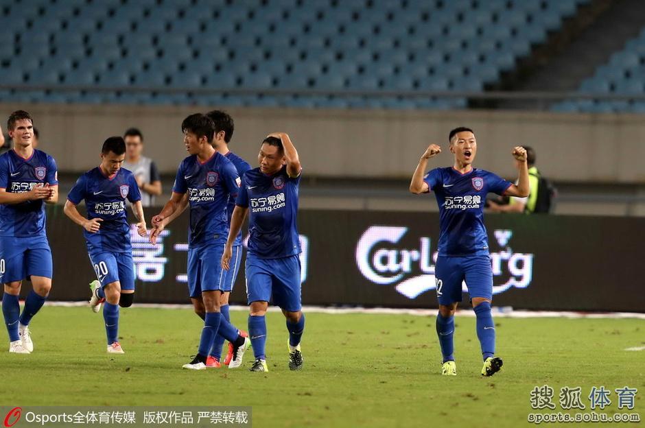 高清:舜天1-1战平亚泰 吴曦轰世界波与队友击掌