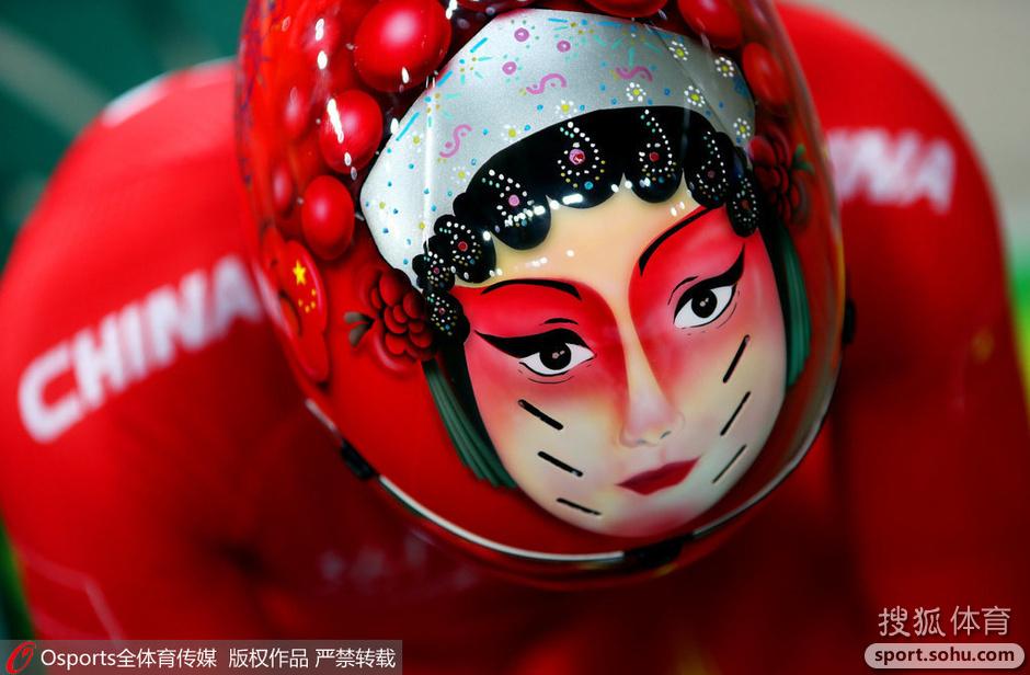 中国自行车脸谱头盔含义深 揭秘制作全过程