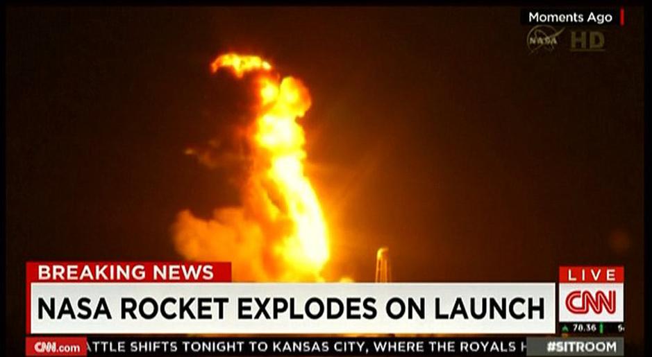 """新华网华盛顿10月28日电(记者林小春)美国轨道科学公司28日向国际空间站发射""""天鹅座""""飞船,但火箭在点火起飞过程中爆炸。相关人员认为他们的运算几乎完美,但是却发生了爆炸。"""