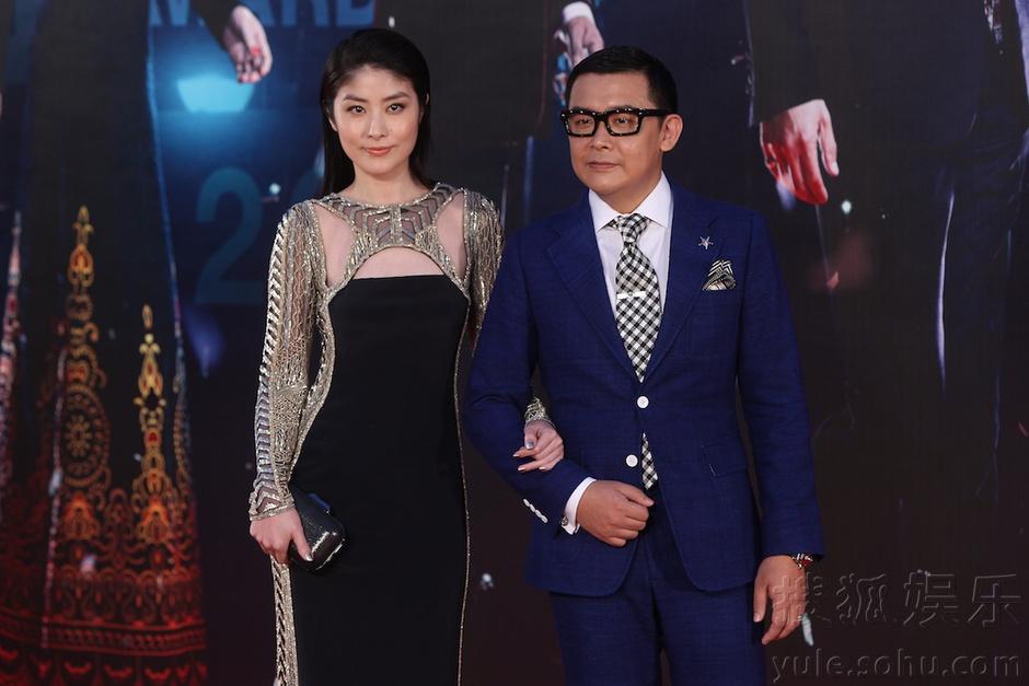 第33届香港金像奖 女星红毯争艳男星西装帅气