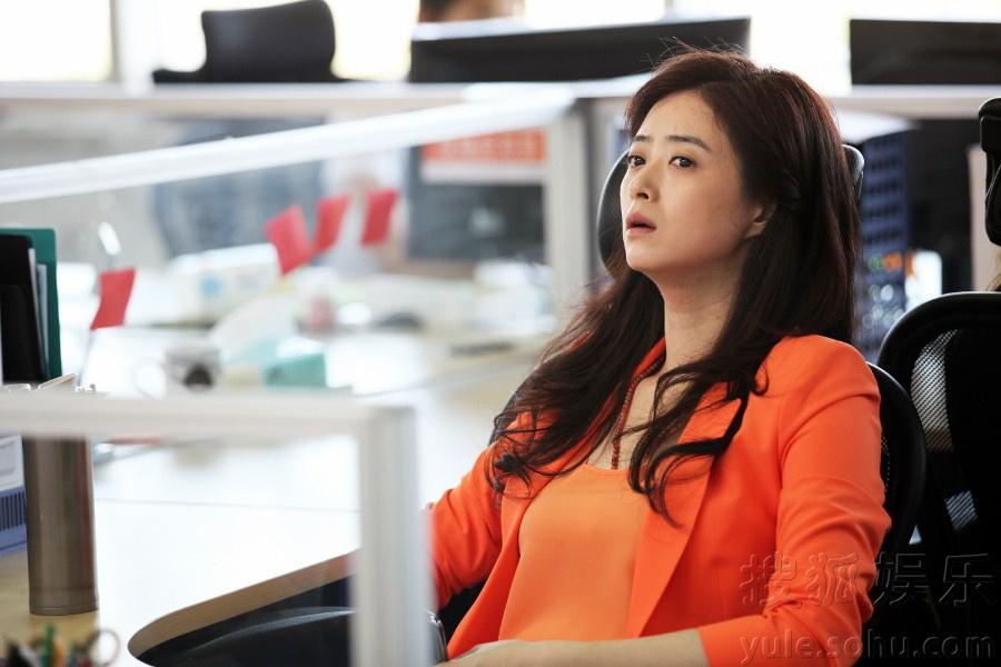 """蒋欣在剧中饰演了励志女青年""""王媛"""",在剧中虽然经历了很多挫折和困难"""
