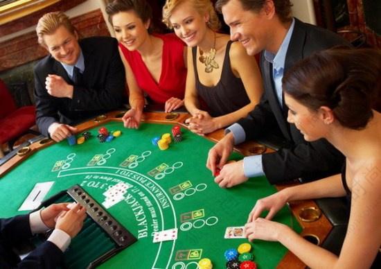 拉斯维加斯赌场妖艳陪赌女郎