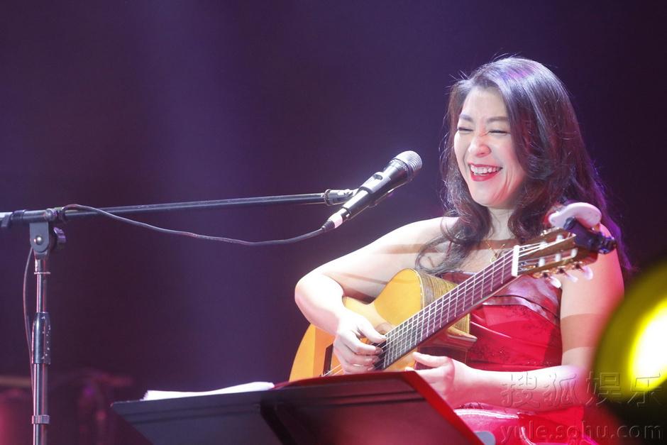 上海开唱 翻唱王菲 我愿意