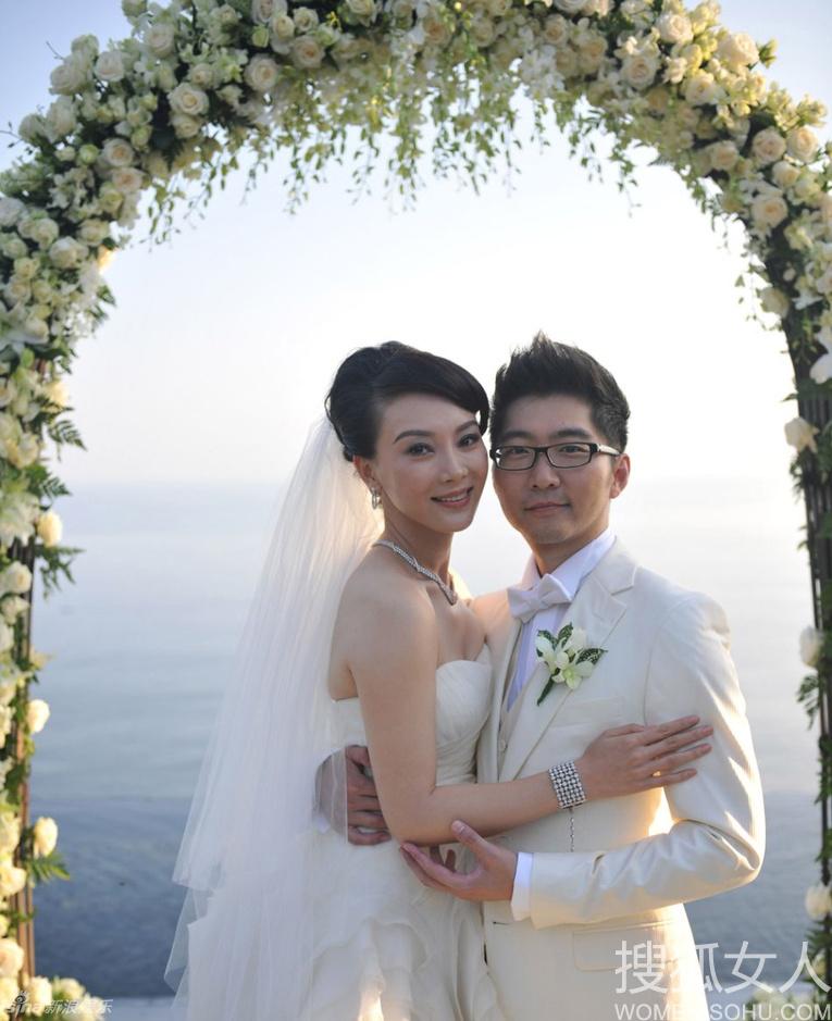 高清:在巴厘岛大婚的明星们