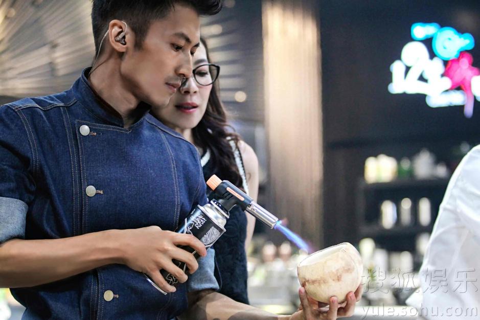 谢霆锋开锋味餐厅 变大厨亲教美食料理8722464