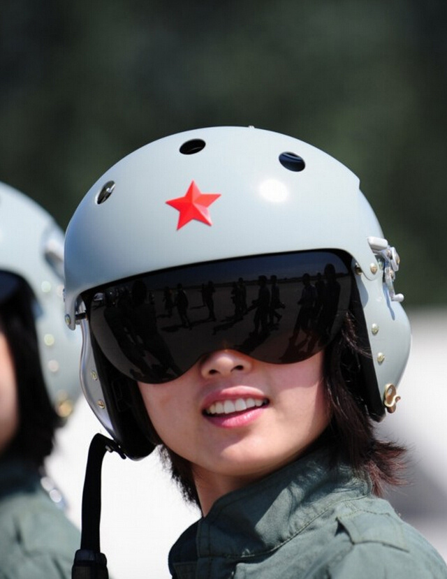 中国空军女飞行员.高清图片