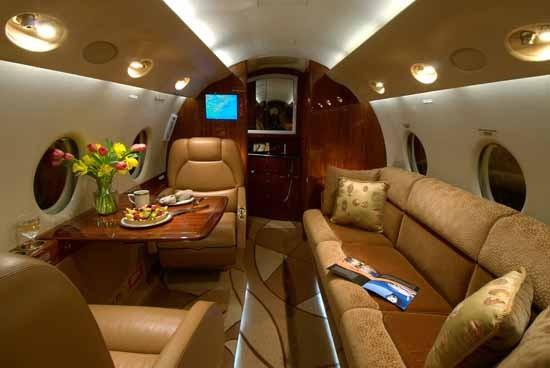 罗1900万购个人飞机 内饰奢华气派足 图