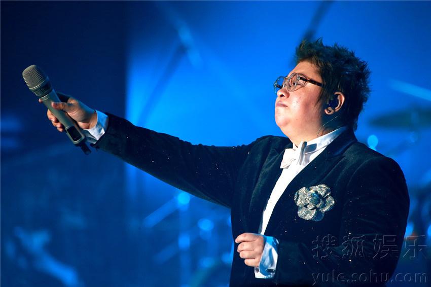 """韩红""""当红不让""""2015巡回演唱会正在火热开唱.图片"""