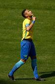 高清图:巴西6球大胜洪都拉斯 内马尔指天庆祝