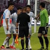 高清:深足0-0平超越 超越队不满判罚疑似退赛
