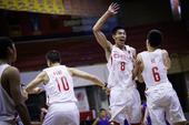 高清:U18国青男篮逆转中华台北 众将欢庆胜利