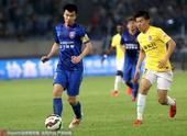 高清:舜天1-0申鑫孙可带球狂奔 吴曦积极拼抢