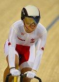 高清图:中国自行车队破世界纪录 队员甜美微笑