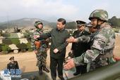 自2012年11月15日就任中央军委主席至今,习近平的足迹已遍及海陆空军、第二炮兵、武警部队和七大军...