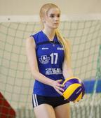 """19岁的俄罗斯少女Alisa Manyonok近日凭借美貌走红网络。在互联网上,她被称为""""世界最美排..."""