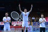 高清图:谌龙2-1林丹称雄亚锦赛 再秀霸气庆祝