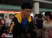 2012年8月5日,2012年伦敦奥运会,中国击剑队部分队员回国。 更多奥运视频>> 更多奥运图片...