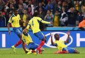 进球回放:瓦伦西亚头球梅开二度 厄瓜多尔反超