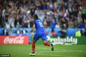 进球回放:帕耶世界波 法兰西球迷陷入疯狂(图)