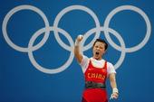 高清图:女子48公斤级举重 王明娟霸气锁定金牌