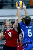高清:女排大奖赛第二日 意大利3-1美国晋级4强