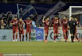 高清:上港2-1逆转永昌 孔卡武磊破门全队庆祝