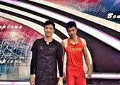高清:刘翔携师弟参加综艺节目 与众星跨栏竞技