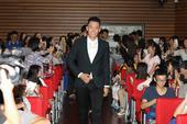搜狐娱乐讯(三羊/文 玄反影/图 科明/视频)由搜狐视频出品的年度巨制《匆匆那年》9月14日来到...