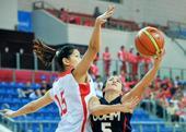 高清:中国女篮大胜关岛队 黄红玭防守只手遮天
