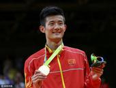 高清图:羽球男单谌龙力克李宗伟夺冠 激情庆祝