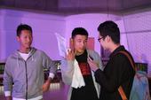 高清:武磊为花式足球当评委 亲上阵展颠球技术