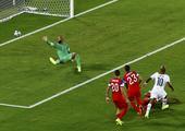 进球回放:安德烈阿尤劲射得手 为加纳扳平比分