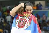 组图:澳女篮不敌塞尔维亚 坎贝奇29分无力回天