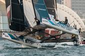 组图:国际极限帆船系列赛 阿曼航空队闪耀青岛