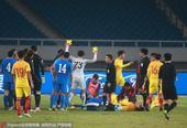 高清:中国国奥0-0乌兹别克 双方爆发激烈冲突