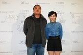 图文:2011搜狐视频电视剧盛典——《下海》刘艳军张舒羽