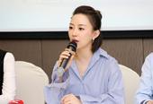 组图:潘晓婷出席记者会青春靓丽 为高考送祝福
