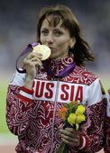 高清图:女子800米俄罗斯夺金 塞门娅强力摘银