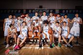 高清:北京队新赛季写真李根变健美男 老马酷炫