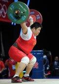 高清图:女举75kg周璐璐夺金 惊天一举打破纪录
