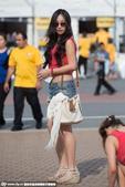 高清:韩澳众美女争奇斗艳 粉红靓丽PK鲜黄热情
