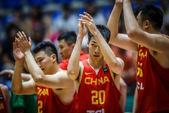 高清:亚洲杯男篮险胜伊拉克 全队鼓掌谢场致意