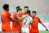 高清图:鲁能2-1逆转上港 戴琳蒿俊闵斥责武磊