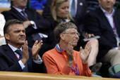 北京时间2012年8月3日,伦敦奥运会网球男子单打半决赛上演,在率先进行的一场比赛中,由瑞士名将费德...